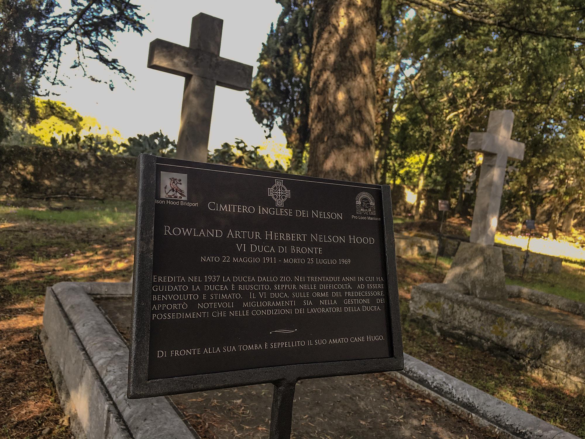 Cimitero-Inglese-dei-Nelson-Maniace-1